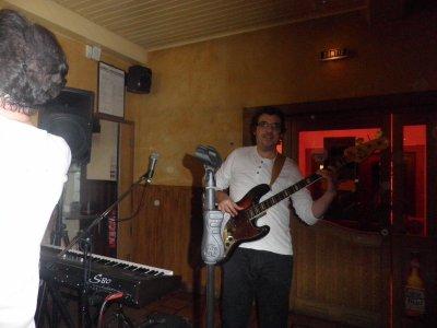 live le 16/12/2011 au boeuf noir a brumath.