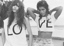 « Une amitié partagée est toujours plus belle. ♥ »