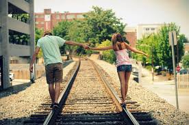 « Un coup on s'aime ensuite on se déteste...♥ »