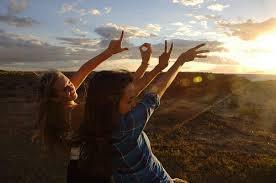 « Il y a des personnes qui sont naît pour nous rendre le sourire ♥ »