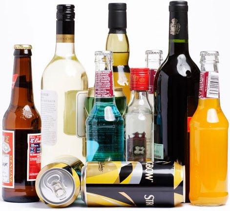 L'ALCOOL RALLONGERAIT L'ESPERANCE DE VIE . . .