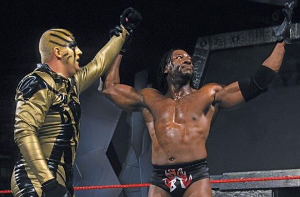 Booker T & Goldust de retour en équipe prochainement ?