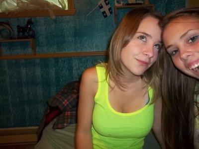 Katya lecours :D