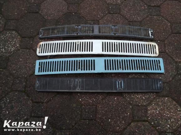 SUIS A LA RECHERCHE D UNE GRILLE AERATION VW T2 A COMME LA BLANCHE !!!!