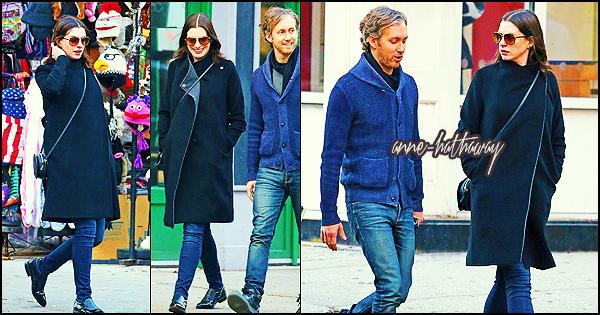 . ► Le 18/12/15 Anne et son mari ont été vu déjeuner ensemble à New York . .