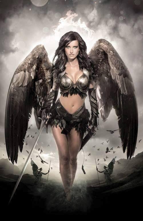 femme ange guerrière