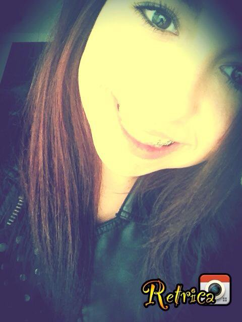 Alessia (ll) .