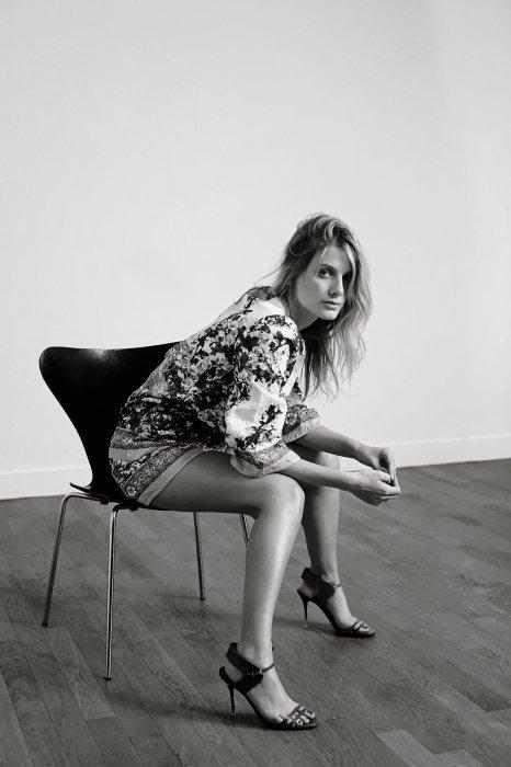 Suivez l'actualité de la sublime Mélanie Laurent sur Melanie-Laurent-Love!