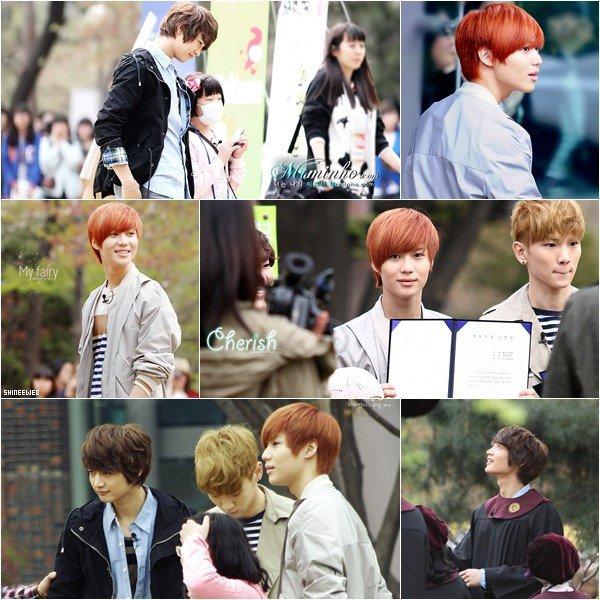 . 2MIN et Key étaient à l'Université pour femmes à Séoul vendredi. .