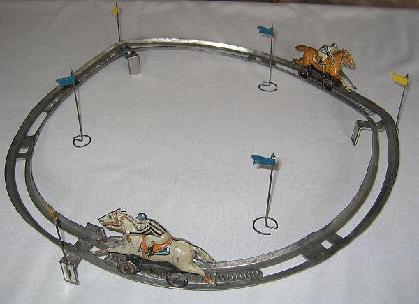 TECHNOFIX- circuit N° 224 de 1934 - Nom : jeu de course de chevaux