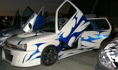 voiture tuning trop stylé