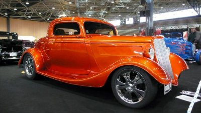 voiture tuning orange