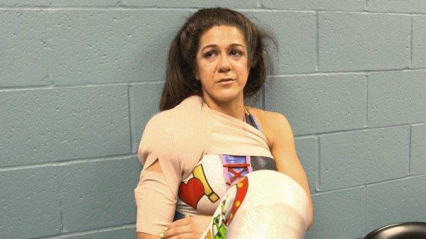 La WWE confirme la blessure de Bayley