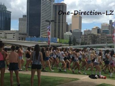 One-Direction-LZ ( A Brisbane, en Australie )