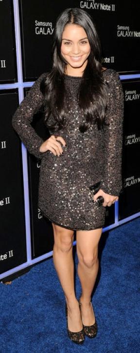 Look de Vanessa Hudgens : Glamour pour une soirée à Hollywood