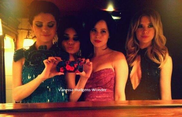 Les actrices de Spring Breakers ont réalisé un véritable marathon. Samedi, Selena Gomez et Vanessa Hudgens ont débarqué avec toute leur équipe.