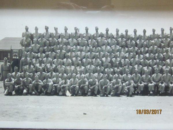 Photo de groupe d'une Co dans le camps Wolters  ww2