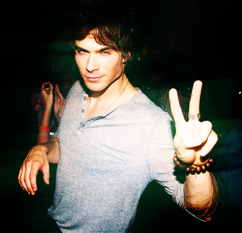 Damon Salvatore.