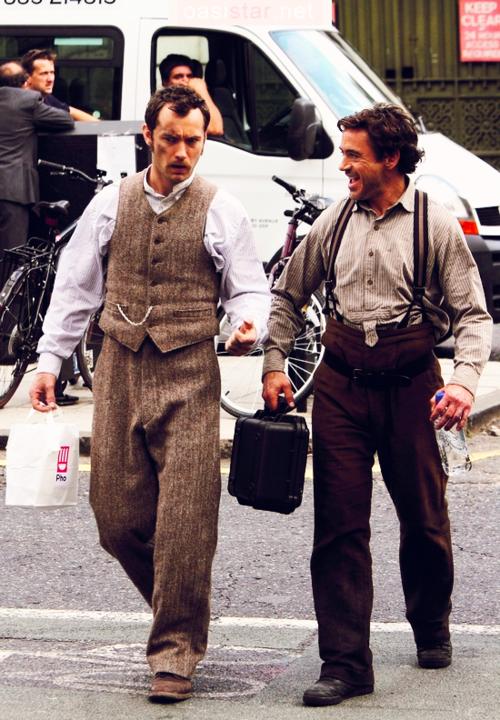 Robert & Jude au tournage se Sherlock <3