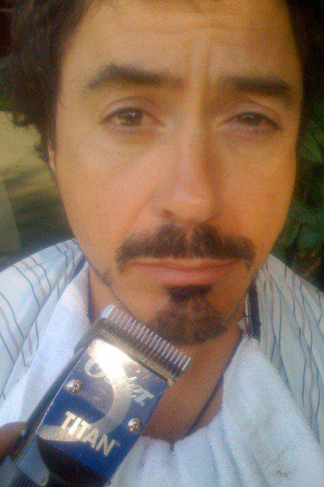 OMR = Oh My Robert ==> By http://the-exceptional-rdj.skyrock.com/