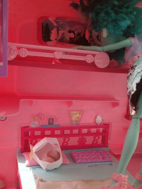 Pour le concour de barbie-foreveur2013
