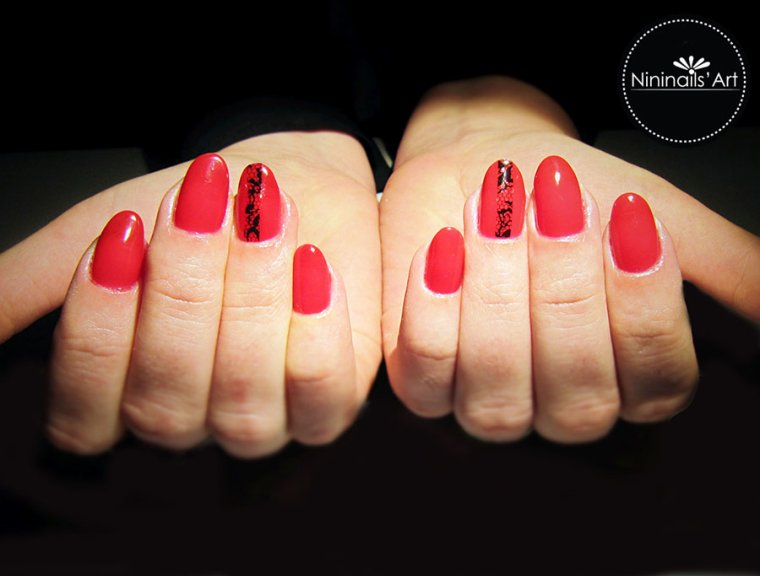 Gelish Red roses