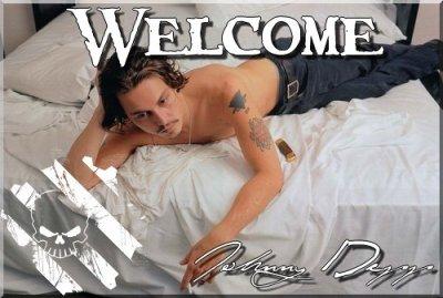 """""""Mon corps est comme mon journal intime. C'est un peu comme ce que faisaient les matelots dans le passé, quand chacun de leur tatouage avaient une signification et correspondait à une période précise de leur vie."""" Johnny Depp."""