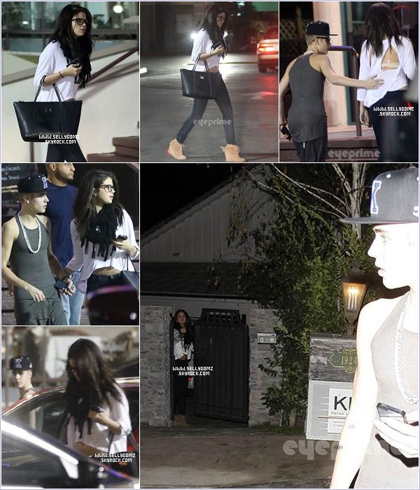 """16.11.12 ~ Selena et Justin Bieber sont allés au restaurant """"Yamato"""" à Los Angeles. Le couple semblerait être de nouveau ensemble."""