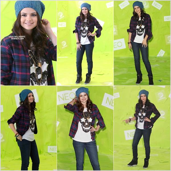 20.11.12 ~ Selena était à un photocall pour Adidas Neo avec qui elle a désormais un partenariat, découvrez également un shoot pour l'occasion.