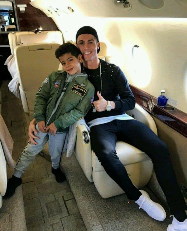 Papa Ronaldo.