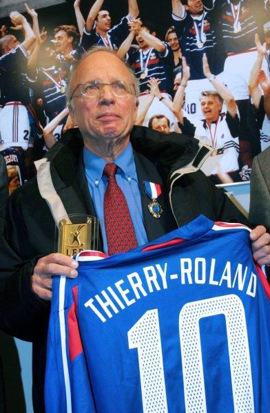 † Thierry Roland est décédé †