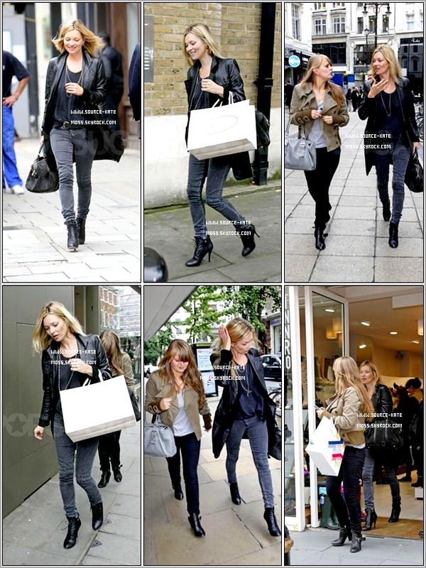 .  Le 27 Septembre Kate et son assistante Fiona faisaient du shopping pour la fille de Kate, Lila qui va avoir 8 ans demain!
