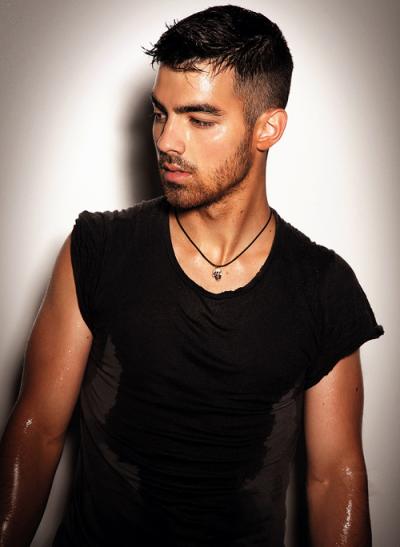 Jonas Brother; part' 3.