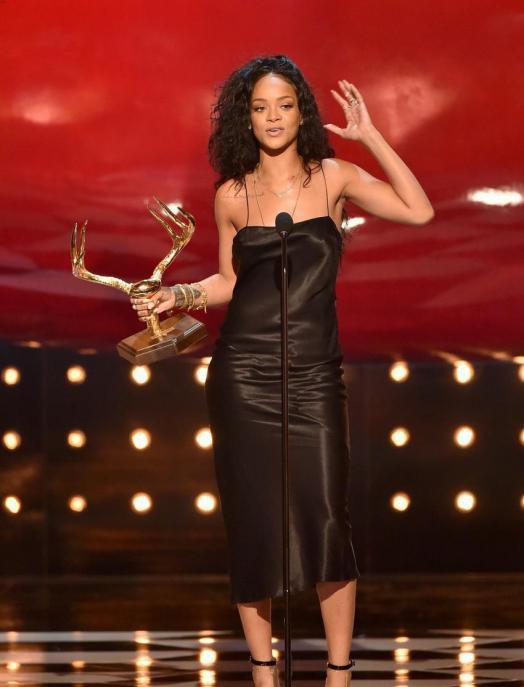 Rihanna élue Femme La Plus Désirable aux Guys Choice Awards 2014