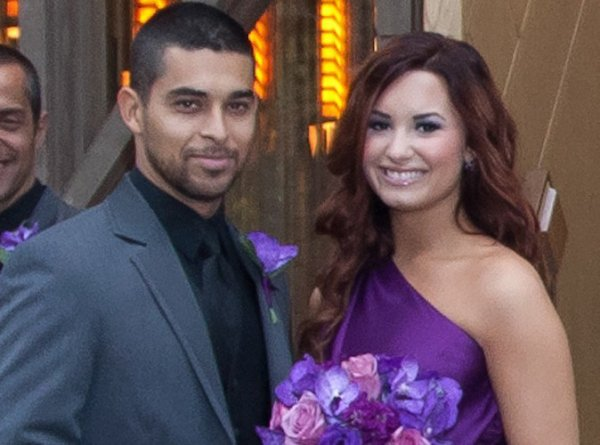 Demi Lovato et Wilmer Valderrama ensemble en Polynésie Française