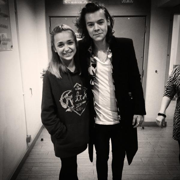 Lauren Platt and Harry Styles accomplice in a photo