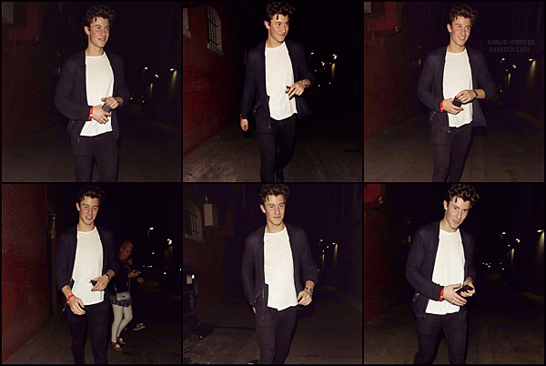 . 06/10/17 - Shawn M. a été reperée se promenant dans la ville de Los Angeles!    .