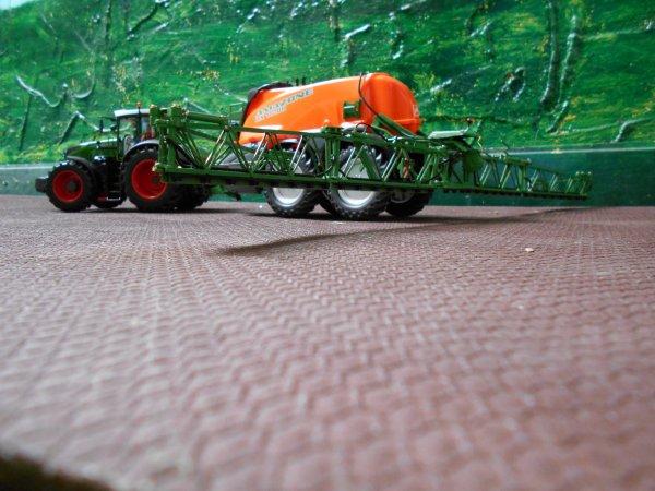 traitement pour les semis des mais par l entreprise agricole marschalle