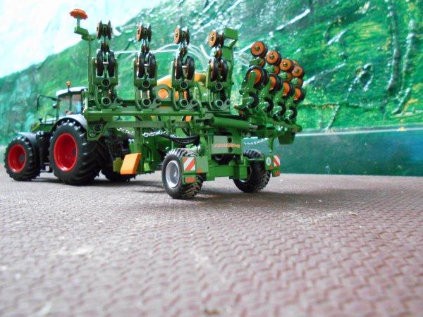 semis des mais par l entreprise agricole marschalle