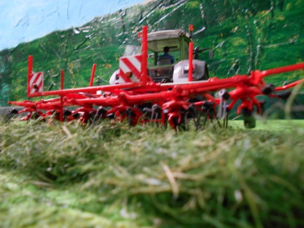 fanage pour les ensilages par l entreprise agricole marschalle