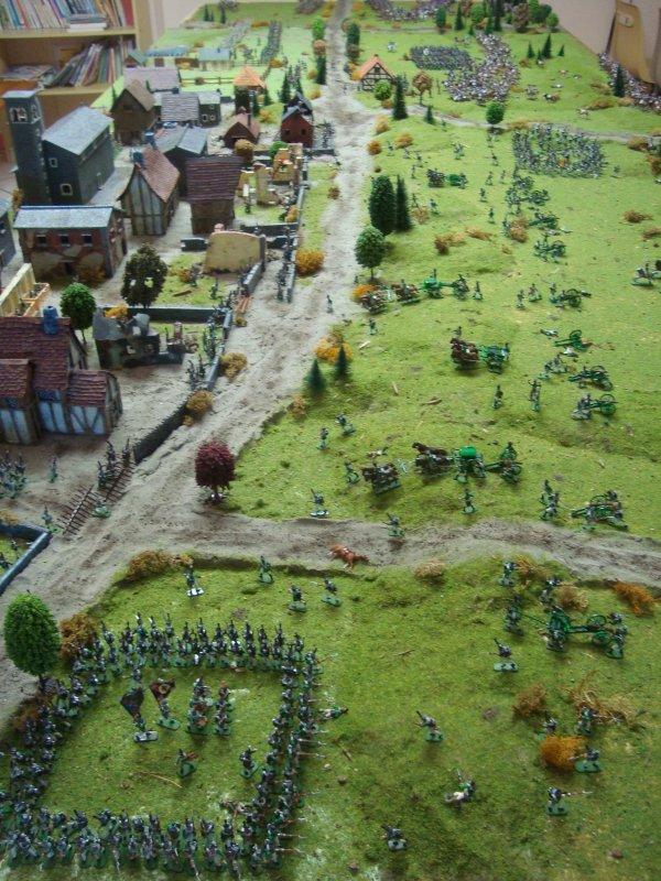 Assaut sur la colline des monarques : l'histoire 1