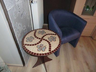 Table mosaïque.