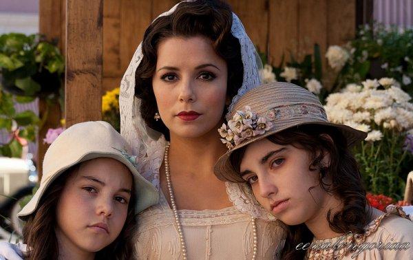 Photos promotionnelles pour le film For Greater Glory/Cristiada (2012).