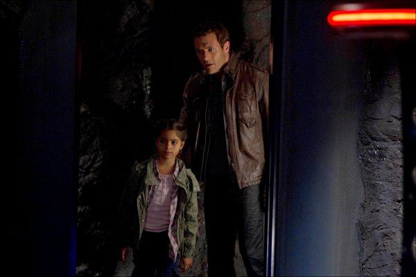 """Découvres les stills de """"Nightfall"""",l'épisode 7 de Terra Nova !"""