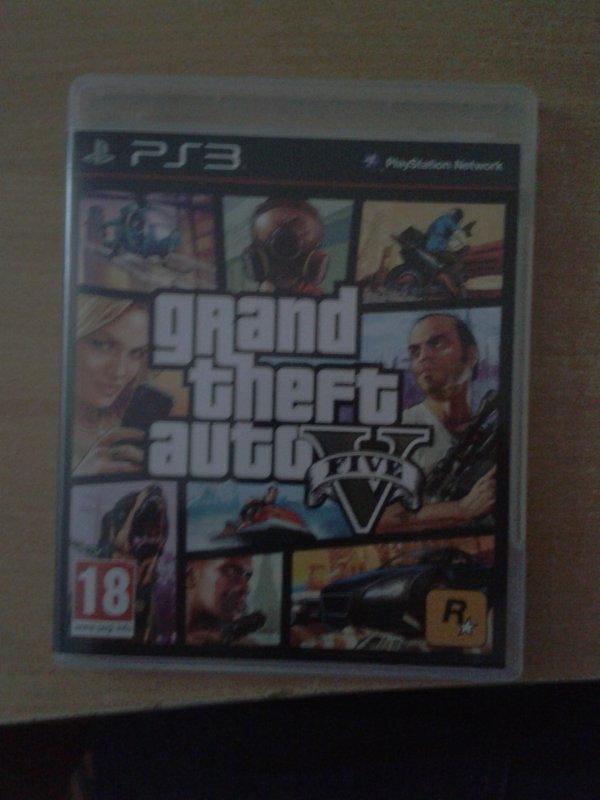 Enfin!!!!! GTA V!!!!!