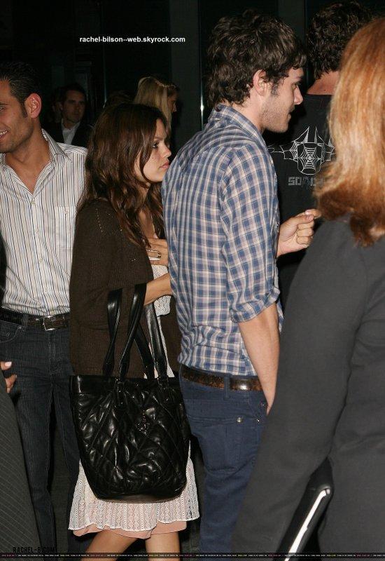 le 21 juin 2006 - Rachel Bilson et Adam Brody cours Stone Rose Lounge Et Simon LA Aperçu Au Nouvellement rénové, le Sofitel LA au Sofitel LA à Los Angeles, Californie