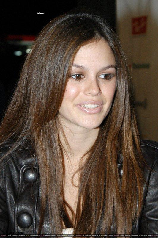 """le10 septembre 2006 - rachel a la Parti Premiere Magazine pour """"The Last Kiss"""""""