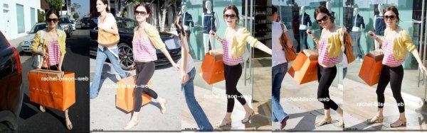 2 article : rachel à été vus faire du shopping à los angeles