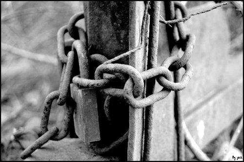 <=si tu détient la clef du cadenas de mon coeur , n'hésite plus et vient faire mon bonheur=>