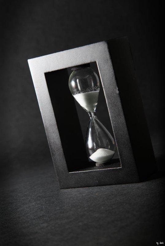 « Effacer le temps et surfer sur le présent » ( Charlélie Couture )